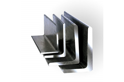 Уголок стальной равнополочный 40 * 40 * 4 мм